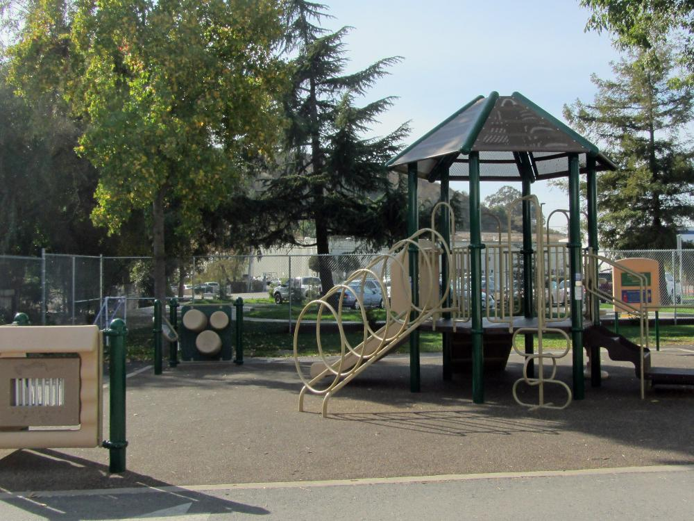 Kindergarten Play Structure